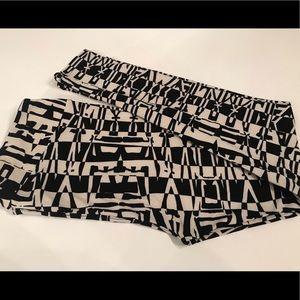 LulaRoe TC leggings black and white print